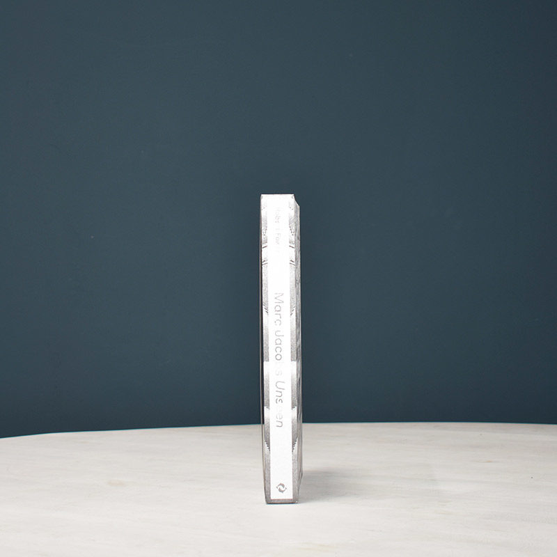 Marc Jacobs spine