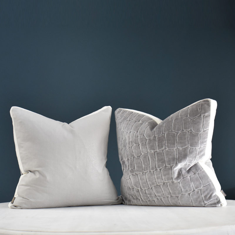 Thea cushion